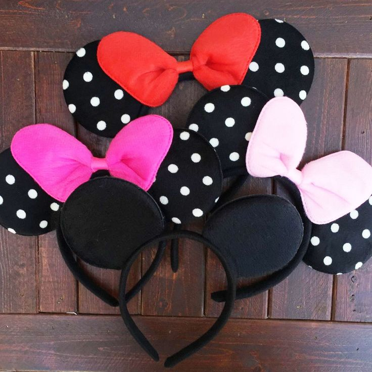 Amazing Mouse Ears these ears will be a great hit for your Mouse Party ! or just a fun Day of dress up ! Light Pink Bow, Red Bow , Dark Pink Bow and Black Inspired Mouse ears Or even great for you next vacation !