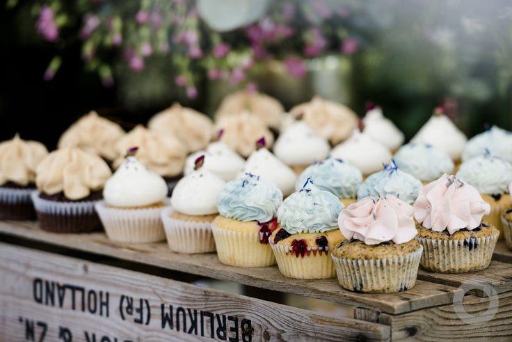 hochzeitstorte #muffins #hochzeit #wedding  deko  floristik  cars ...