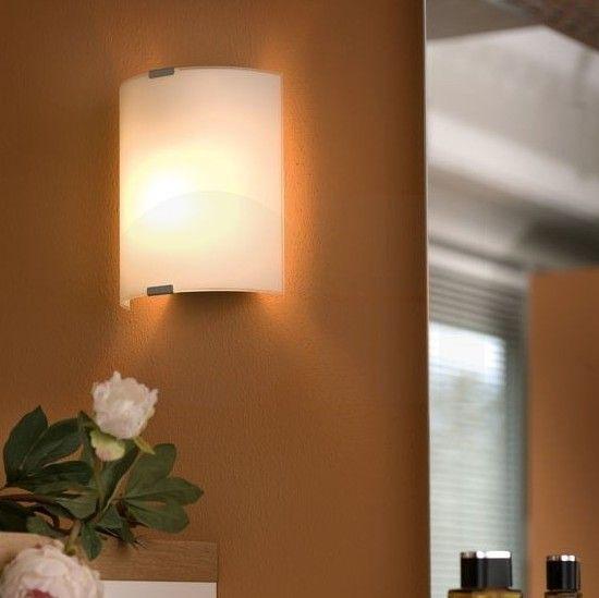 Απλίκα τοίχου - πλαφονιέρα οροφής, φωτιστικό μπάνιου με βάση από ατσάλι σε χρώμιο χρώμα και γυαλί σατινέ λευκό σε ορθογώνιο σχήμα. Σειρά GRAFIK από την Eglo. --------------------------------------------------- Wall light/lamp, ideal for bathroom with steel base in chrome color and satin white glass in rectangular shape. #bathroom #bathroomideas #bathroomdesign #bathroomgoals #bathroomremodel #bathroomlighting #bathroomlights #decoration #decorating #decoratingideas