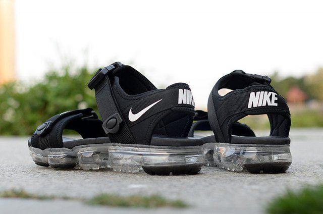 Newest Nike Air VaporMax Black White