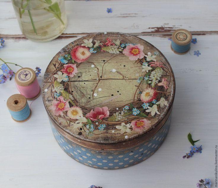 """Купить """"Весенний веночек"""" короб - весеннее настроение, маргаритки, незабудки, весенние цветы, цветы, цветочный"""