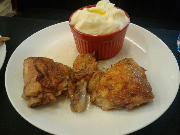 Gourmet Soul Restaurant and Catering, St. Louis , MO  Baked Chicken and Mashed Potatoes