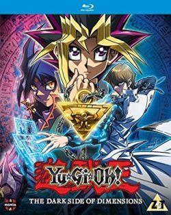 Voir : Yu-Gi-Oh! The Dark Side Of Dimensions Streaming  Synopsis : Yu-Gi-Oh! The Dark Side Of Dimensions Film Complet VOSTFR L'histoire se passe après les événements du manga, Yûgi et ses amis s'apprêtent à finir leur scolarité et font des projets d'avenir. De son côté, Kaiba continue à développer de nouvelles technologies pour améliorer l'expérience de Duel Monsters, obsédé par l'idée de pouvoir un jour affronter à nouveau..