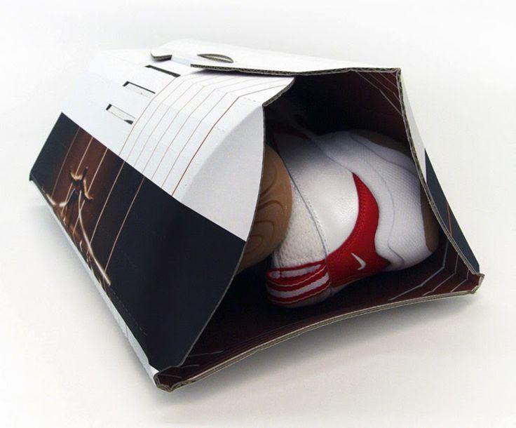 Специалисты из лондонской Ahsayane Studio создали особую обувную коробку оформленную в виде бегового трека для упаковки кроссовок. Концепция упаковки основана на легкости и портативности. Коробка изготовлена из листа гофрокартона и складывается обертывая обувь, боковые стенки образуются по линиям сгиба. При этом для кроссовок разных размеров не нужны разные размеры коробок, так как размер коробки можно регулировать фиксатором, которым она закрывается.   http://am.antech.ru/YD1k…