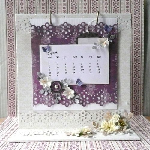 Desk calendar tutorial made by Ivy. Papers: Winter Elegance #2, Hectic Eclectic #2.