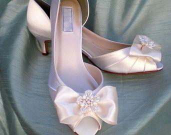 Bling Wedding Shoes Ivory   Wedding Shoes Ivory Pearl -- Ivory Wedding shoes -- Low heel ...