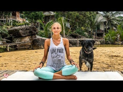 Perfect Yoga For Everyone ♥ 20 Minute Relaxing Flow - YouTube