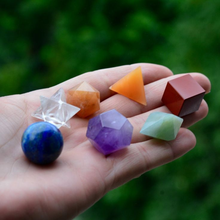 7 CHAKRA'' Crystal Platonic Solids Sacred Geometry Set With Merkaba Star by PACIFICMINERALS on Etsy
