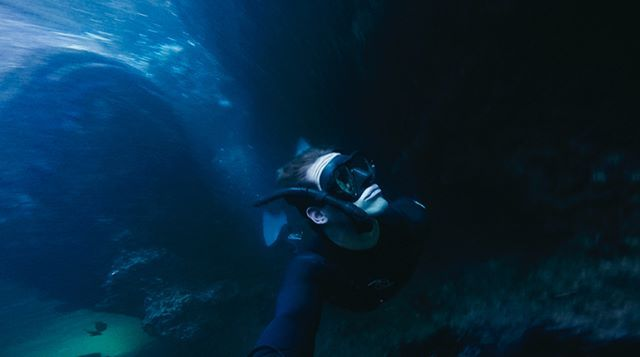 Find the underwater entrance to the Batcave.. ✔️ Legendary dive @oceanhunter671 #lajollalocals #sandiegoconnection #sdlocals - posted by Jeremy Hunziker  https://www.instagram.com/jeremy.hunziker. See more post on La Jolla at http://LaJollaLocals.com