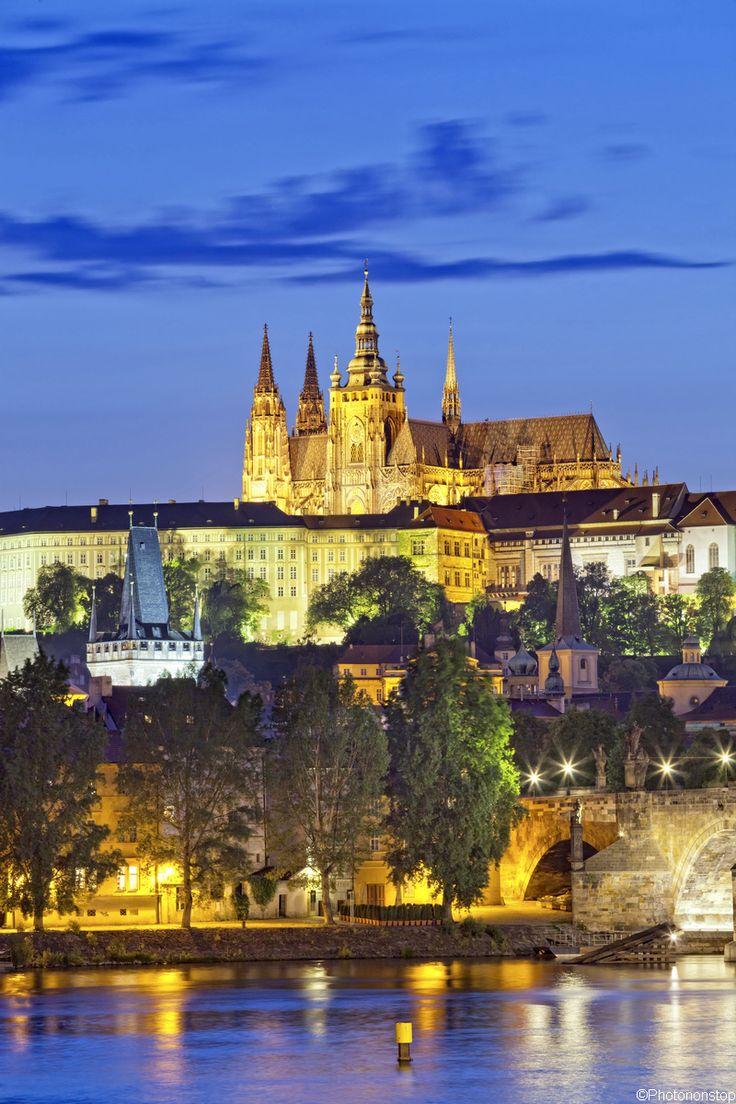 Le château de Prague et la La cathédrale Saint-Guy, Prague, République Tchèque (Prague Castle & St. Vitus Cathedral, Prague, Czech Republic)