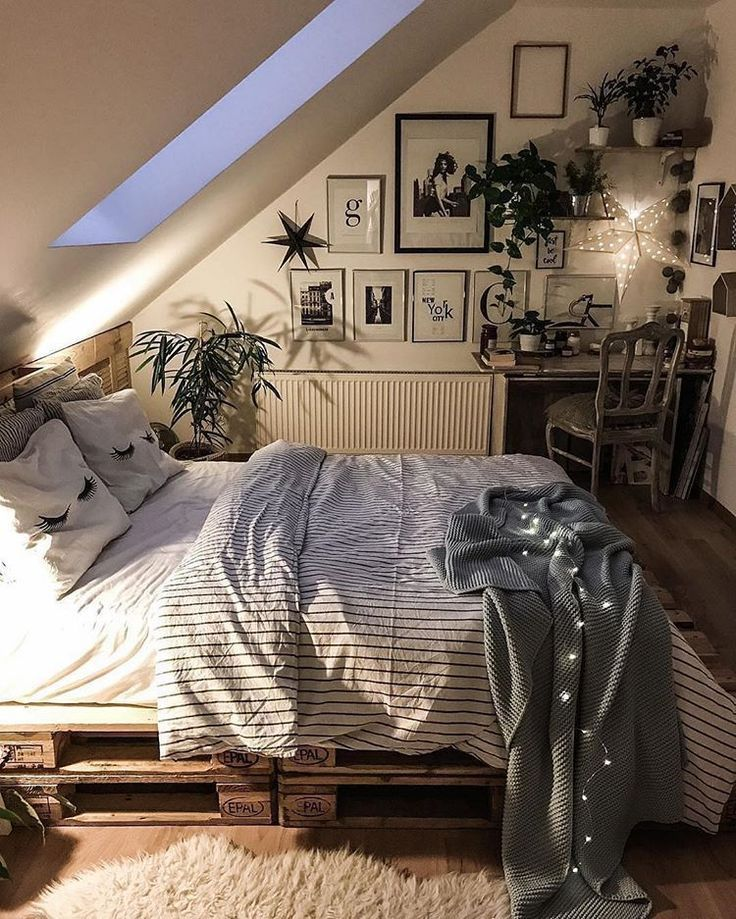 Cozy Attic Designed By Tatiana Home Decor Located In Poland Artsytecture Attic Atticflooring Att Bedroom Inspirations Home Bedroom Dream Rooms