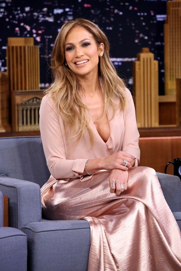 Cleavage Parade: A Ranked Guide to Jennifer Lopez's Plunging Dresses via @WhoWhatWear