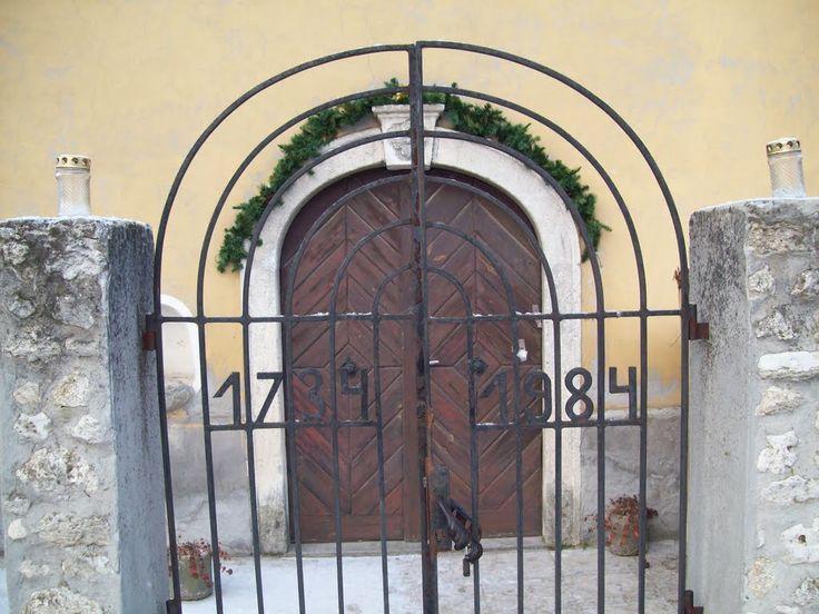 Érd, Old-Village chapel entrance - Érd, Hungary