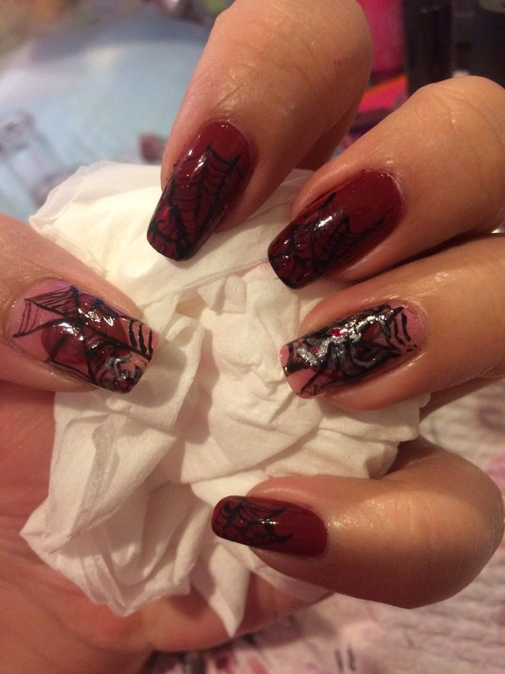 Halloween nail design. Free hand painting. Spiders and webs