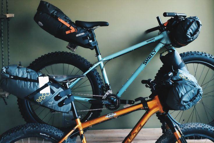 Velocoop, un magasin spécialisé dans le bikepacking Ce dernier vendredi de mai 2016 fut l'occasion d'être présent à l'inauguration d'une boutique particulière dans le monde du vélo. Velocoop est installé à Annecy et propose des solutionspour les voyageurs à vélo, du format itinérant « tranquille » jusqu'aux aventures les plus extrêmes. Découverte !  Texte […]