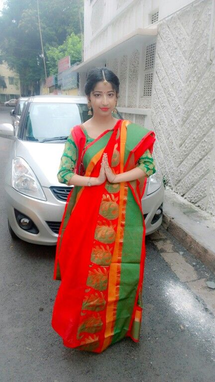 Traditional bengali red saree with green border