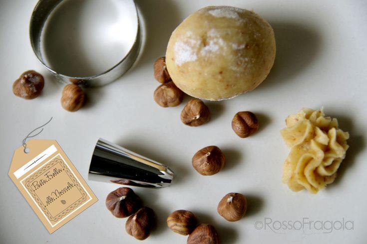 Pasta frolla alle nocciole – ricetta base  - Rosso Fragola http://blog.giallozafferano.it/myrossofragola/pasta-frolla-alle-nocciole-ricetta-base/