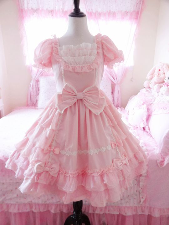Can't wait till I visit Japan. Than I will be able to buy all of the Kawaii outfits they have there!