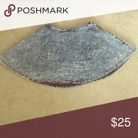 Acid Wash Denim Skater Skirt A very nice, comfortable skater skirt. Wear with any type of shirt, also wear as causal or dressed up. 36 Point 5 Skirts Circle & Skater