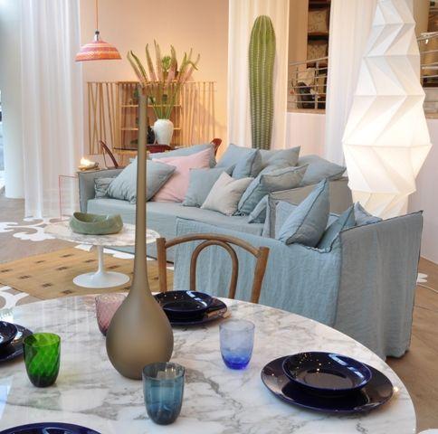 Paola Navone meets Eero Saarinen in an inspiring summer room set