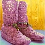 Ev Ayakkabısı Panduf Örmek isteyenler için Ayakkabı Keçesi ile Örgü Bayan Ev Botu,Ev Ayakkabısı Örülüşü. Resimli açıklamalı Örgü Çizmeler evinizde ve misafirlikte ayaklarınızı sıcak tutacak ve sizd…