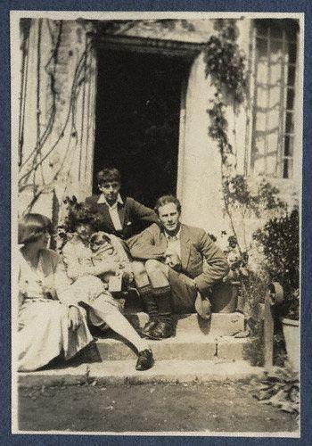 Dora Carrington, Julian Morrell, Michael Llewelyn Davies, Ralph Partridge.