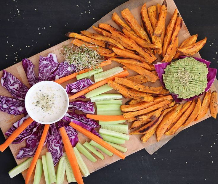 Sooo happy to share with my little sunshines this lovely RAINBOW #lunch today :) Baked #sweetpotato wedges, #avocado spread, #tahini sauce and plenty of yummy colorful veggies. Simple, healthy and crazy delicious comfort #food 😊  Happy Thursday, loves! Weekend is almost here : )  .  #sweetpotatoes #vegan #veganlunch #plantbased #plantbaseddiet #plantpowered #ahealthynut #wimfdt
