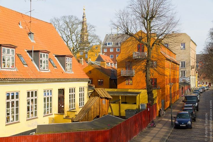 Artem Tarasov - Photo & some words: Copenhagen. Orange, Yellow, Red