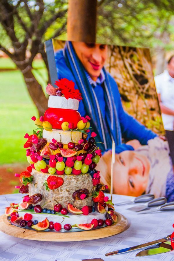 © L'Afrique Photography  - The wedding cake what an nice idea