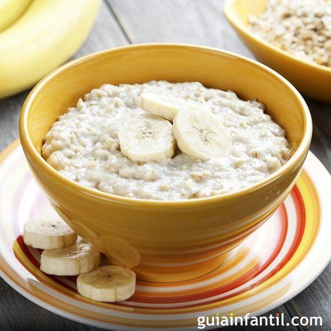 Papilla De Avena Con Trocitos De Plátano Receta Para Niños Desayuno Para Bebes Recetas De Comida Para Bebés Como Preparar Avena