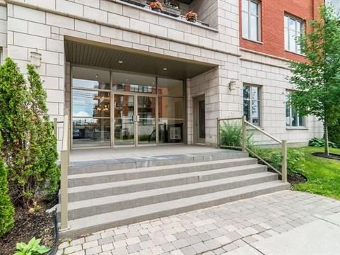 Condo for sale in Mont-Royal - $889,000