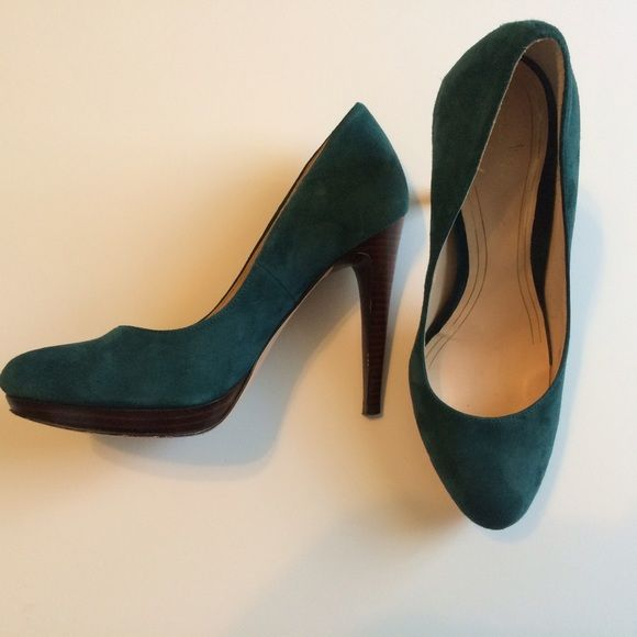 "Emerald green suede Cole Haan pumps Lightly used Cole Haan pumps. Beautiful emerald green suede is in perfect condition. 4"" stacked stiletto heel. Runs a bit small. Nike Air insole makes them very comfortable. Cole Haan Shoes Heels"