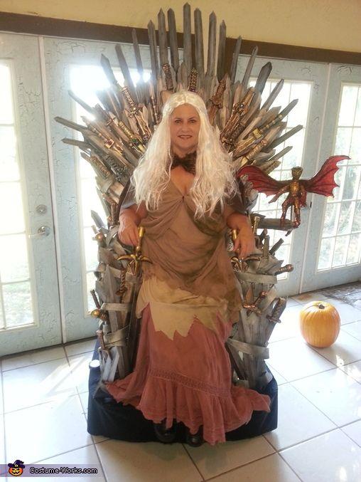 Game of Thrones Khaleesi Halloween Costume Idea