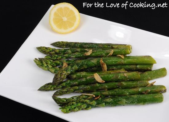 Garlicky Asparagus with a Splash of Lemon | Veggie sides! | Pinterest ...