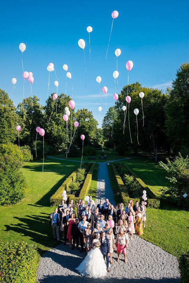 Wedding-photographer-Stockholm-Sweden-Noors-Castle-Balloons-John-Hellstrom-2015-4