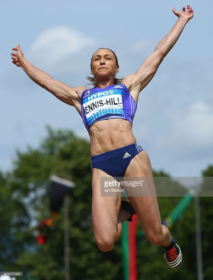 jessica-ennis-hill-of-great-britain-competes-in-the-long-jump-during-picture-id475370620 (779×1024)