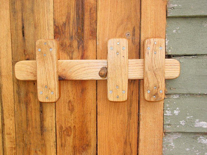 Sliding wood latch barn doors and fence gates backwood for Door hardware ideas