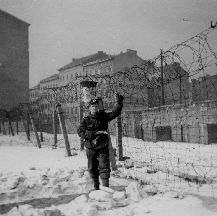 Berlin, Bernauer Straße (Ostseite): Mauer-Wüste, Februar 1963 (Foto: Ebert / Nail)
