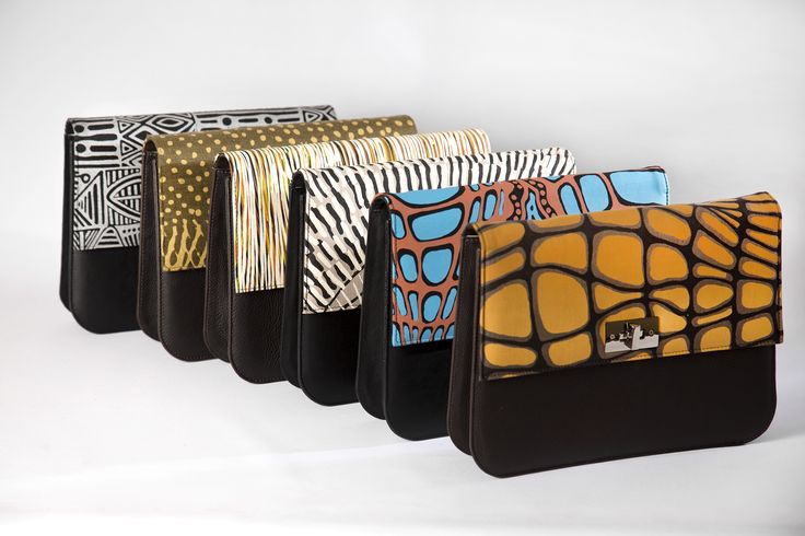 Ooroo Australia Lola range is a fabulous oversized clutch with an optional attachable shoulder strap . NT Australian Indigenous textiles Merrepen Arts, Injak Arts and Tiwi Designs textiles are featured. www.oorooaustralia.com.au