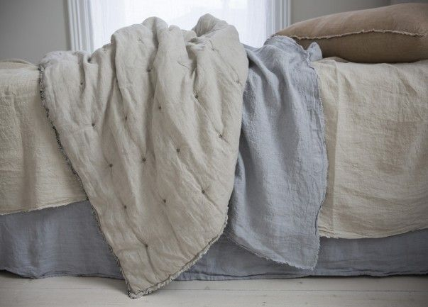 Lightweight and super soft, our linen quilts are backed with our classic Sable linen on one side and a choice of three complementary colours for the reverse.