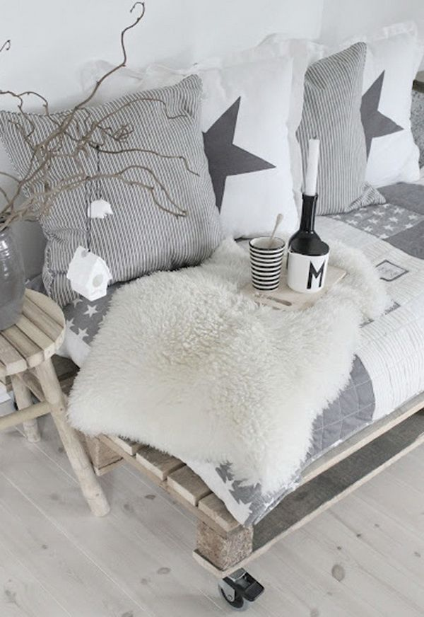 Scandinavian Decorating Ideas for Christmas 2012