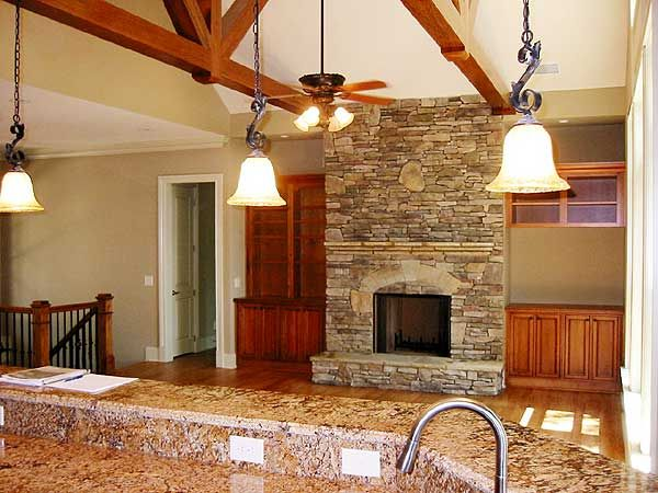 Best 25 mountain ranch house plans ideas on pinterest for Half vaulted ceiling with beams