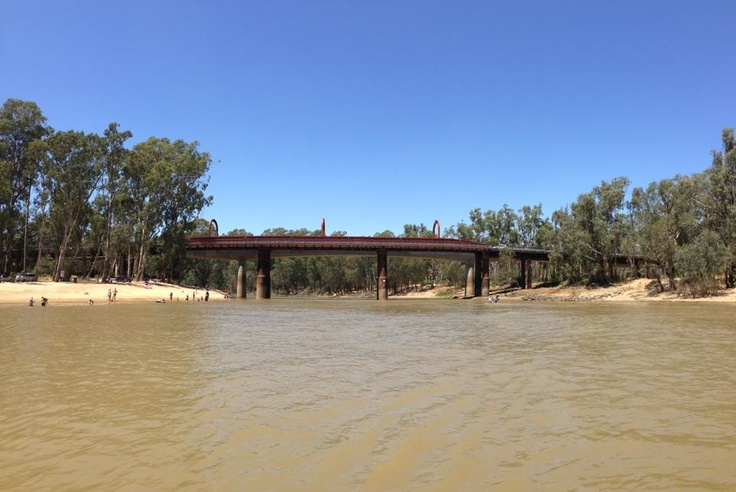 Echuca  Moama Bridge.