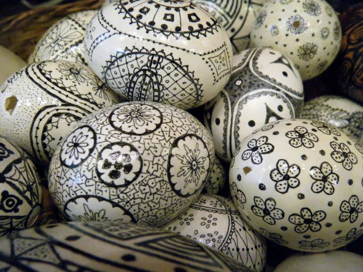 Drawing on eggs.