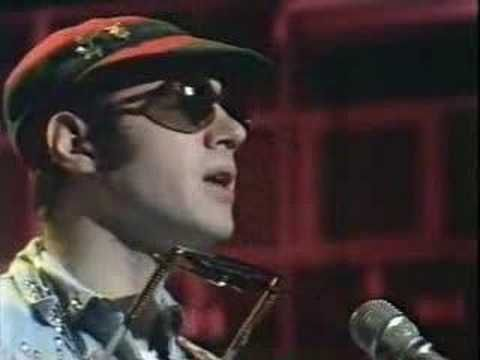 NEIL INNES - PROTEST SONG - Rutland Weekend Television