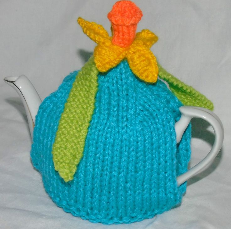 Daffodil Tea Cosy Hand knitted tea coffee egg cosy cosies Daffodil Bee cottage Christmas roses | eBay