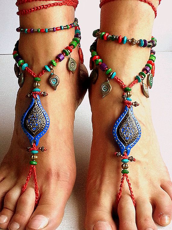 Sandalias Descalzas Boho en rojo y azul Hippie pulsera por FiArt