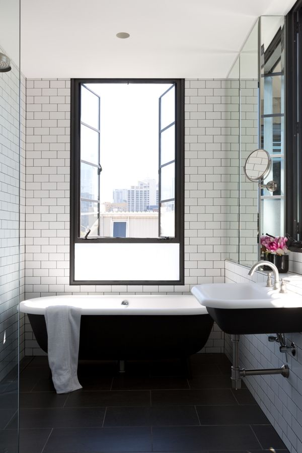 SUBWAY TILES AND WHITE