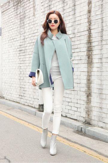30 ways to wear white jeans in the winter via @stylelist   http://aol.it/1rG00Xk