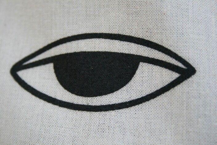 Eye shakalalla
